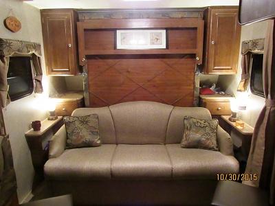Click image for larger version  Name:camper living room.jpg Views:138 Size:304.9 KB ID:93765