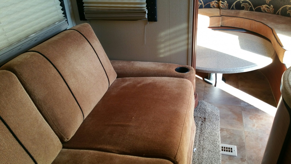Click image for larger version  Name:AVIATOR MODIFIED SOFA 2.jpg Views:70 Size:267.3 KB ID:94596