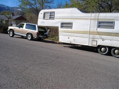 Click image for larger version  Name:fifth-wheel-trailer-hitch.jpg Views:399 Size:52.3 KB ID:95727