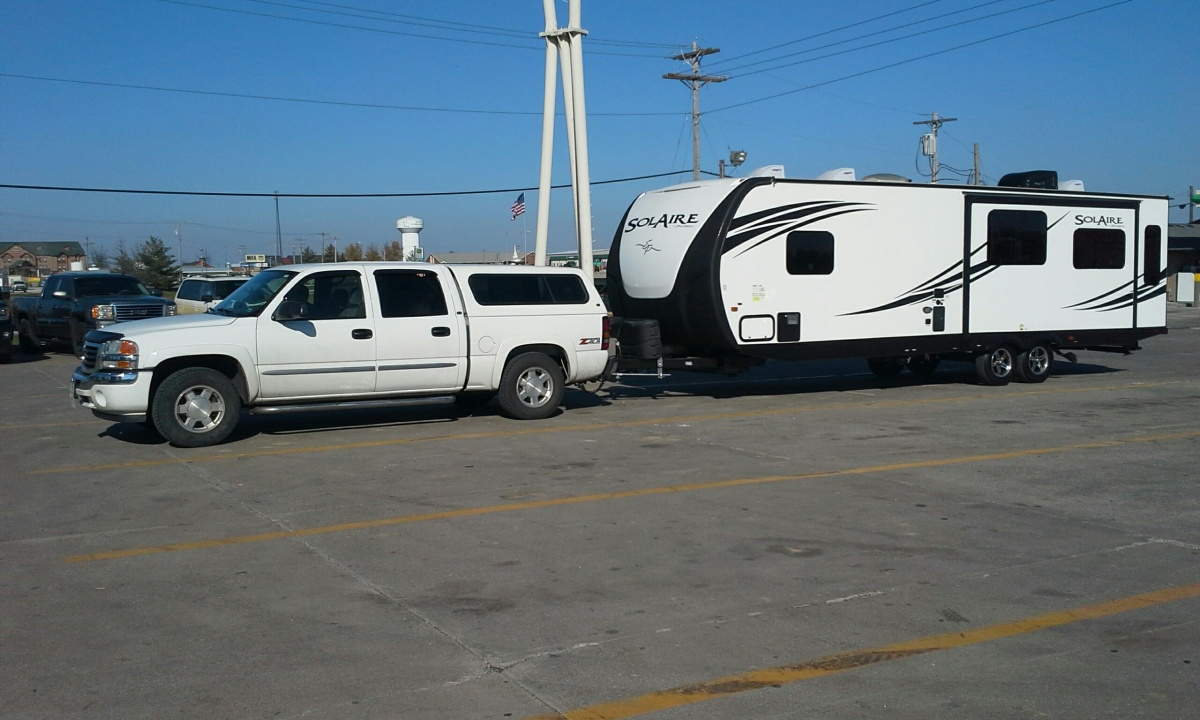 Click image for larger version  Name:Truck and trailer.jpg Views:111 Size:249.3 KB ID:96209