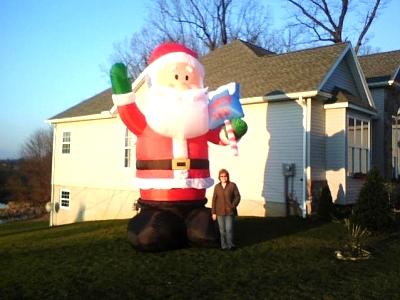 Click image for larger version  Name:16' Santa.jpg Views:166 Size:39.2 KB ID:9625