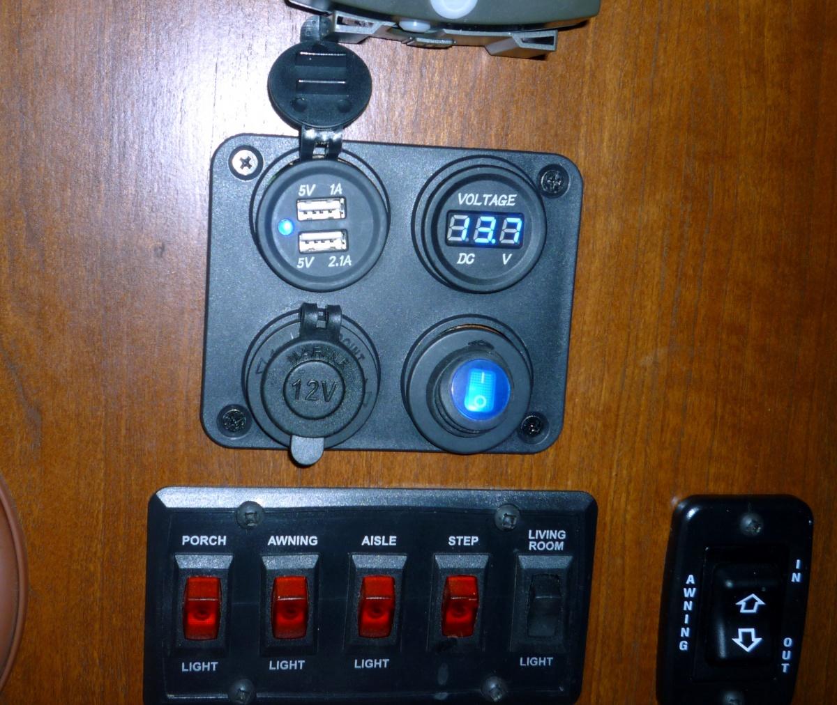 Click image for larger version  Name:ChargingStation.jpg Views:93 Size:451.2 KB ID:97198