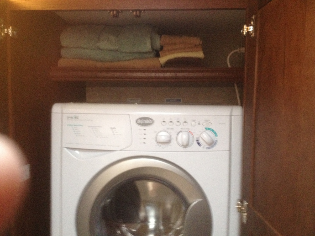 Click image for larger version  Name:washer dryer installed 008.jpg Views:80 Size:358.4 KB ID:99280